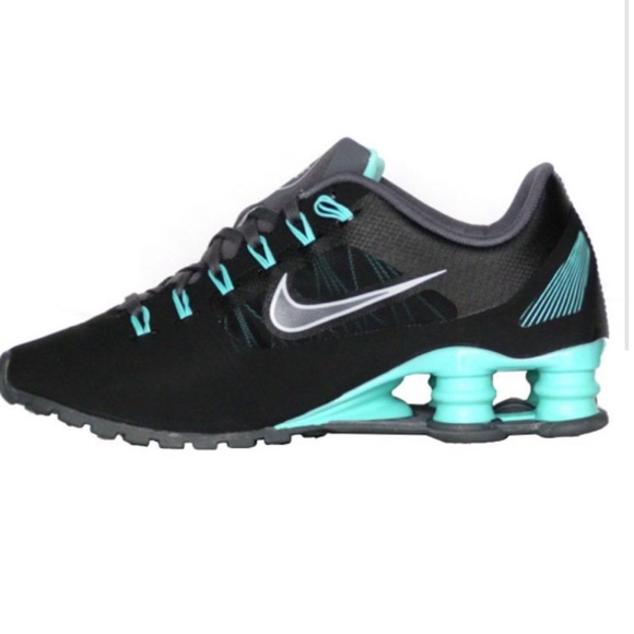 hot sale online 8c08c c64ad Nike Shox Superfly R4 Sneakers